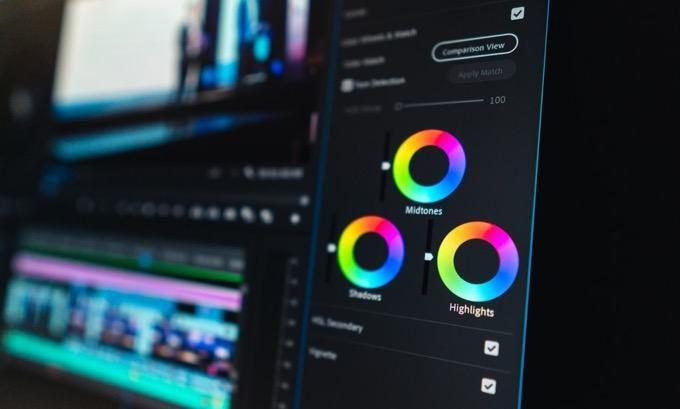 8 préréglages de filtres Adobe Premiere gratuits pour améliorer vos projets